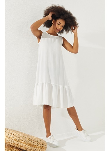 Reyon  Kadın Eteği Fırfırlı Sıfır Kol Elbise Pudra Beyaz